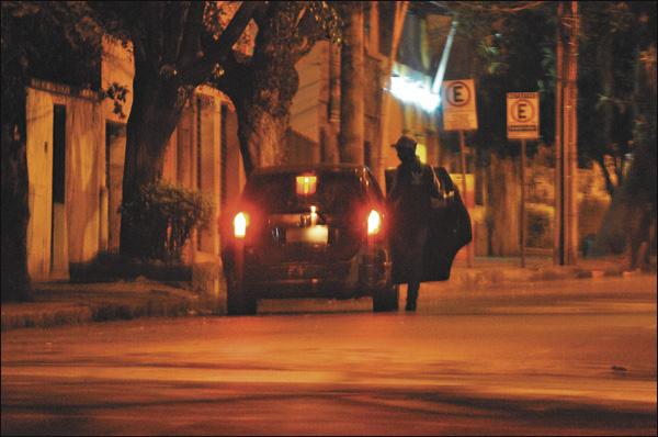 Itatirense se prostitui em Fortaleza e diz que chega a ganhar até 200 reais por dia